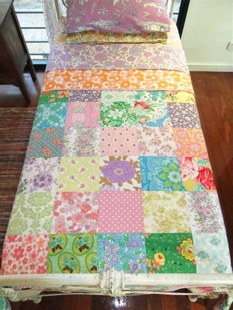 How Do I Make A Patchwork Quilt - vintage modern quilt fabric moda vintage modern quilts