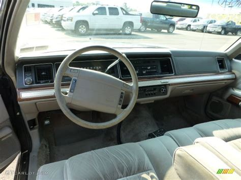 Ford Crown Interior by 1990 Ford Ltd Crown Standard Ltd Crown