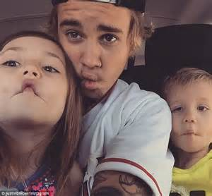8 Siblings In by Justin Bieber Shares Fish Snap With Half