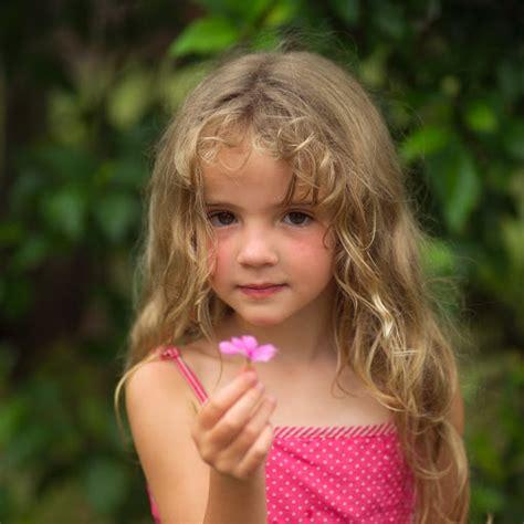 very young little girls very young little girl faces download foto gambar