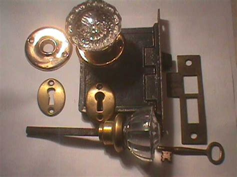 Glass Door Knob Hooks by 1000 Images About Hardware On Door Knockers