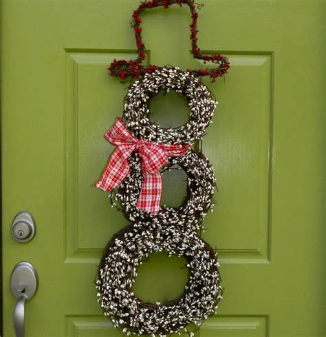 12 creative christmas decorating ideas how to decorate 31 creative front door christmas decorations