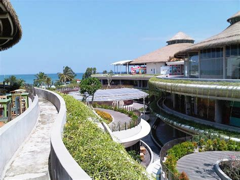beachwalk bali kuta shopping center mall