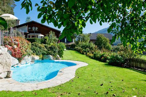 garten pools ferienwohnungen mit schwimmbad und kinderbecken im pustertal