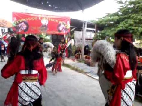 Kepang New jaranan kepang putri new turonggo kalinggo putro surabaya