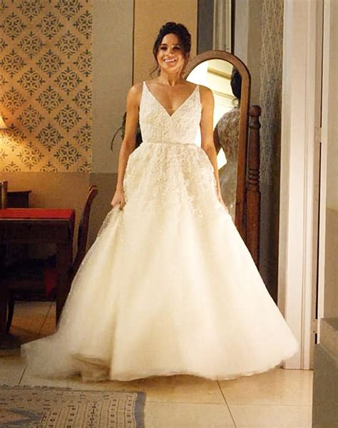 wedding dress design jobs stewart parvin favourite to design meghan s wedding dress