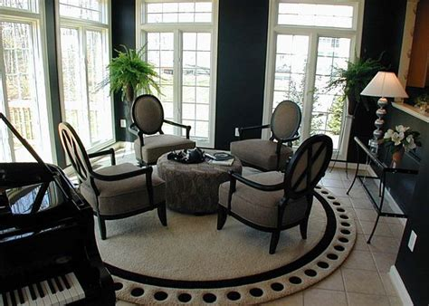 Ordinary How To Furnish A Living Room #5: Round-rug-for-the-dining-room.jpg