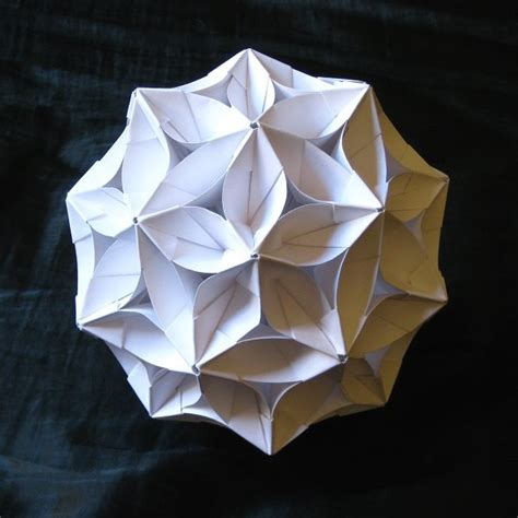 origami balls according to goldennumber net