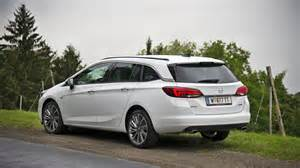 Test Opel Astra Sports Tourer Genusstour Mit Dem Opel Astra Sports Tourer Durch Die