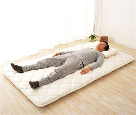 Futon Mattress On Floor best futon mattress review traditional japanese mattresses