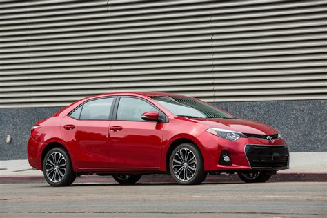 analysts auto sales to stabilize in september finish 2014 strong 10 vehicles americans couldn t get enough of in august