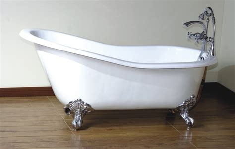 vintage clawfoot bathtub vintage clawfoot tub bathrooms pinterest
