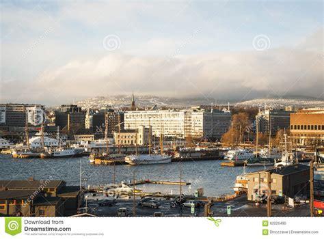 oslo porto skyline de oslo porto no inverno noruega foto de