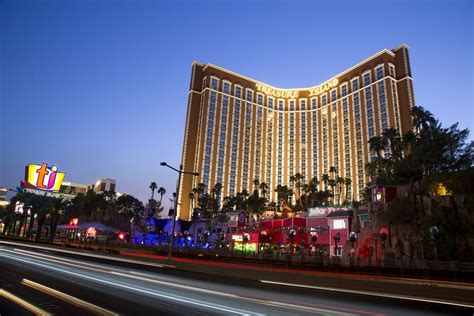 las vegas hotel ti treasure island hotel and casino 2017 room prices
