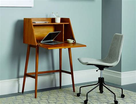 3 best desks for small rooms and spaces gear patrol