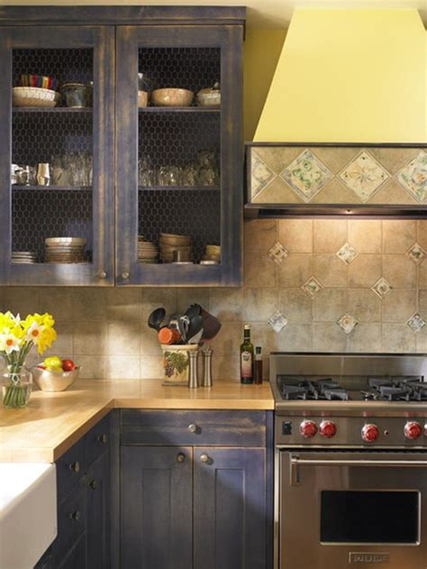 Chicken Wire Kitchen Cabinets by 10 Ways To Use Chicken Wire In Your D 233 Cor This
