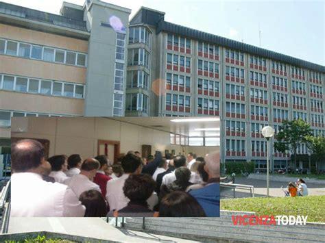 banca popolare di vicenza orari sportello sciopero dei medici assemblea al san bortolo di vicenza