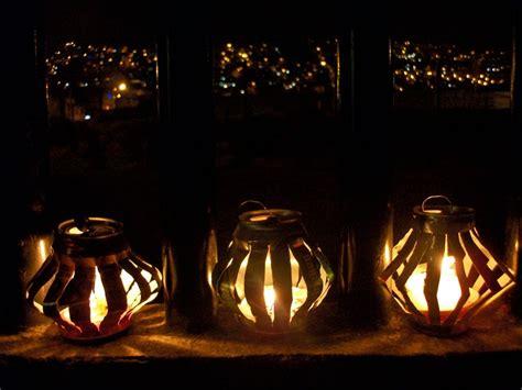 imagenes feliz noche de velitas el trebol azul faroles hechos con latas de aluminio para