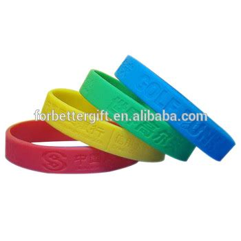 where can i get a custom rubber st made buy silicone wristbands