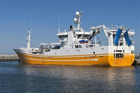 Fishing Vessels - Excelerate