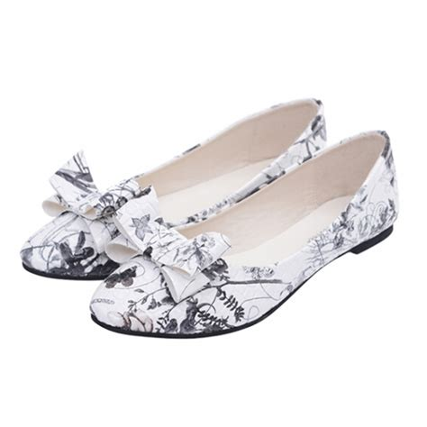 2015 fashion butterfly shoes sweet print