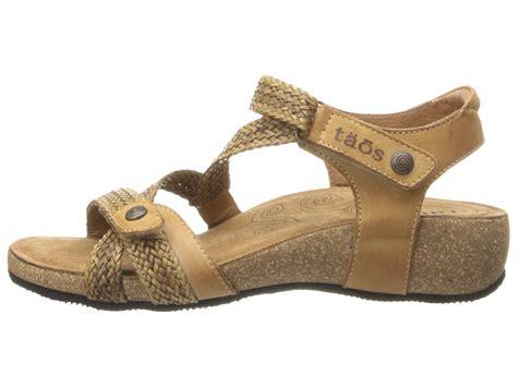 taos trulie sandals taos footwear trulie camel zappos free shipping both