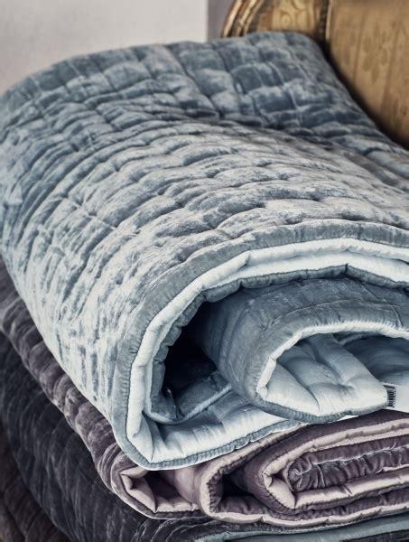 velvet coverlets quilts best 25 velvet quilt ideas on pinterest duvet velvet