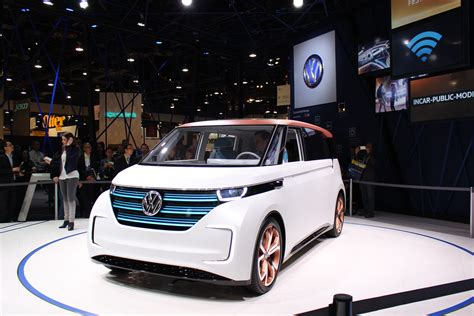 volkswagen electric concept volkswagen s latest concept wants to be your budd e