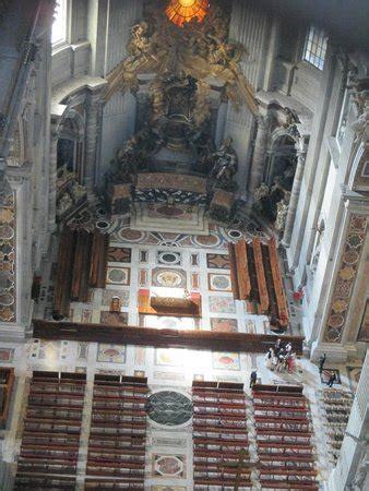 visita alla cupola di san pietro interno della basilica vista dal ballatoio realizzato alla