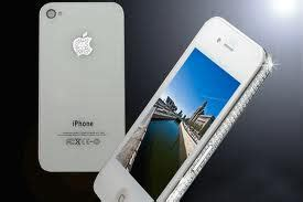 cheap mobile phones: apple iphone 4 white on the roll even