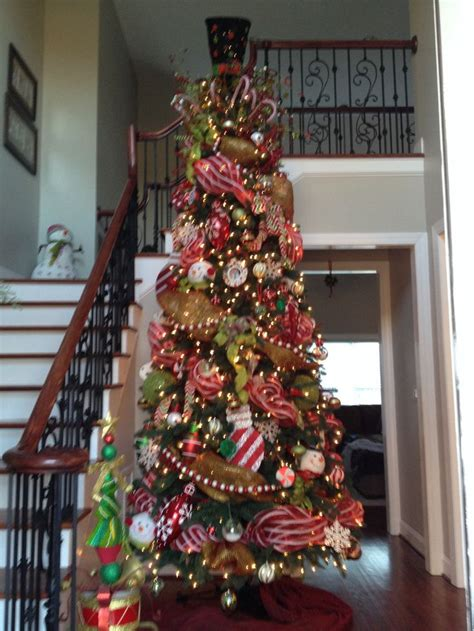 mesh garland tree christmas pinterest