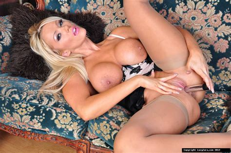 Lucy Zara Pictures