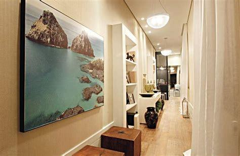 ideas para decorar pasillos anchos pasillos largos con muebles hoy lowcost