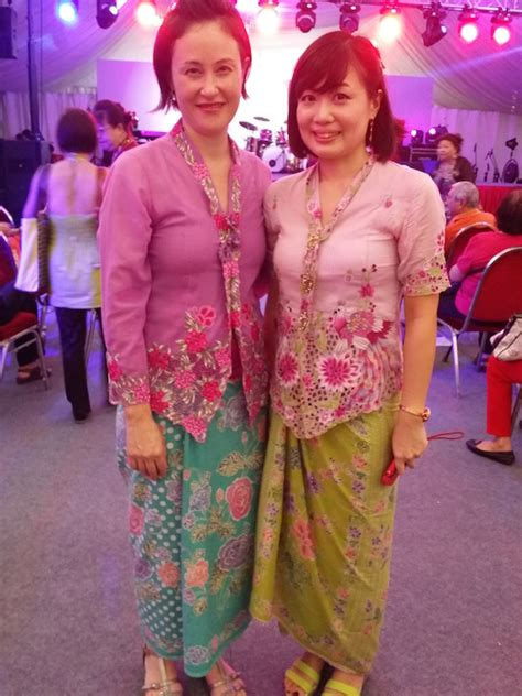 where to buy nyonya sarong kebaya in singapore jennifer