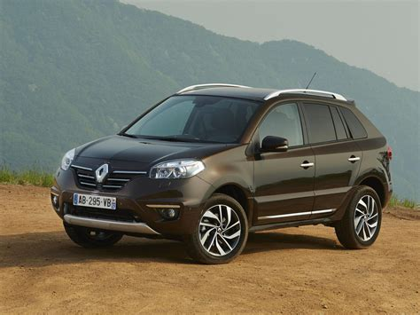 renault jeep comparison renault koleos le 2015 vs jeep patriot
