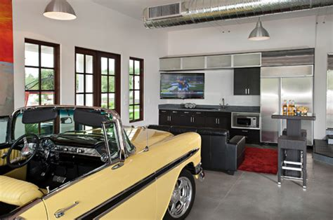 deluxe garage game room contemporary garage and shed 16 rooms you should watch the game in