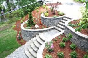 giardino in pendenza idee giardino in pendenza per soluzioni moderne