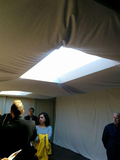 illuminare una stanza illuminare una stanza senza corrente confortevole