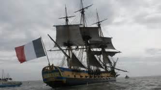 hermione bateau youtube vid 233 o le voyage de l hermione vers bordeaux