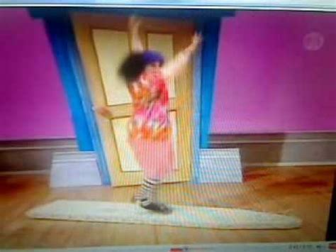 big comfy couch dance academy big comfy couch dance academy surf the waves youtube