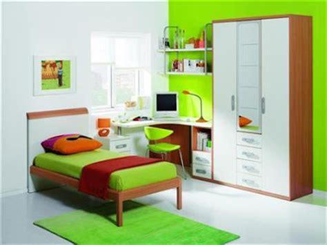 conoce los colores de moda para interiores colores fuertes o intensos para pintar las paredes
