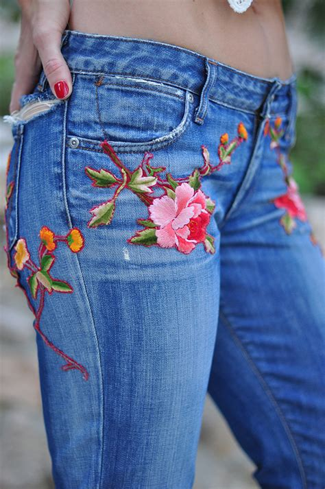 Floral Embroidery Denim Shorts diy floral embroidered denim inspired by gucci