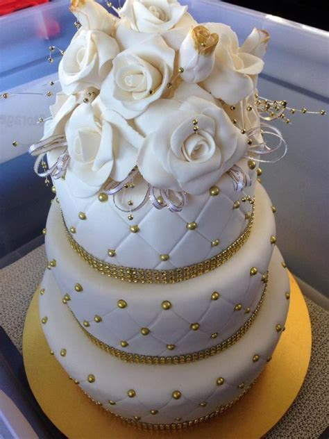 How to decorate a wedding cake with fondant   idea in 2017