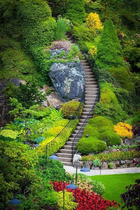 butchart gardens vancouver canada paths