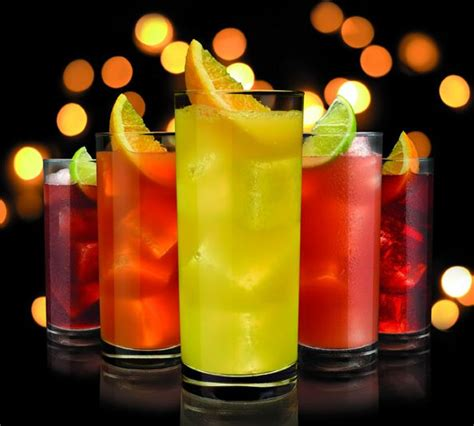 alcoholic drinks at a bar drinks cerca con google drinks pinterest soft