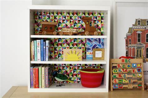 Decoupage Shelves - how to decoupage paper onto the back of a shelf how tos