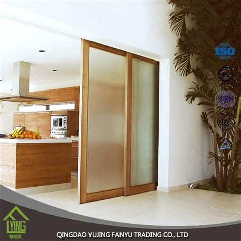 home interiors new name 새로운 도착 홈 장식 슬라이딩 도어 티타늄 무늬 유리 거울 제조업체 중국 실버 미러 공급 업체 중국