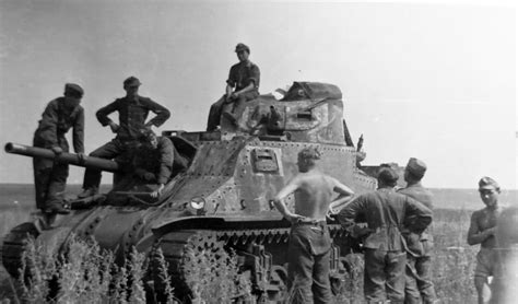 libro soviet lend lease tanks of soviet lend lease m3 lee grant and german soldiers world war photos