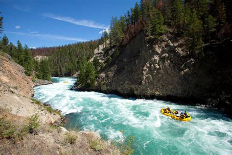 10 of the World's Most Notorious Whitewater Rapids