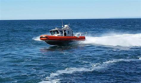 safe boats international 25 defender class 2009 safe boat defender response boat rb s power new and